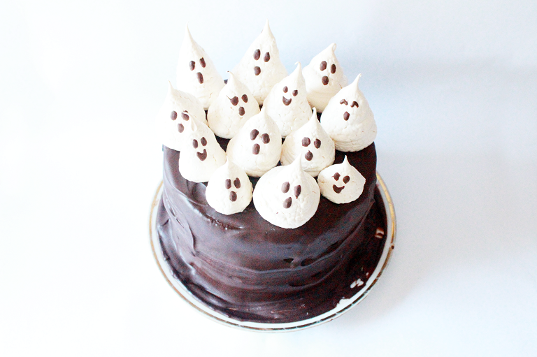 haunted cake 12