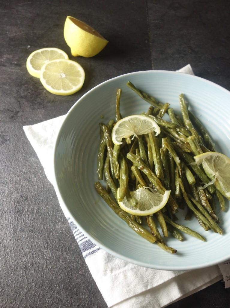 lemon-garlic-roasted-green-beans