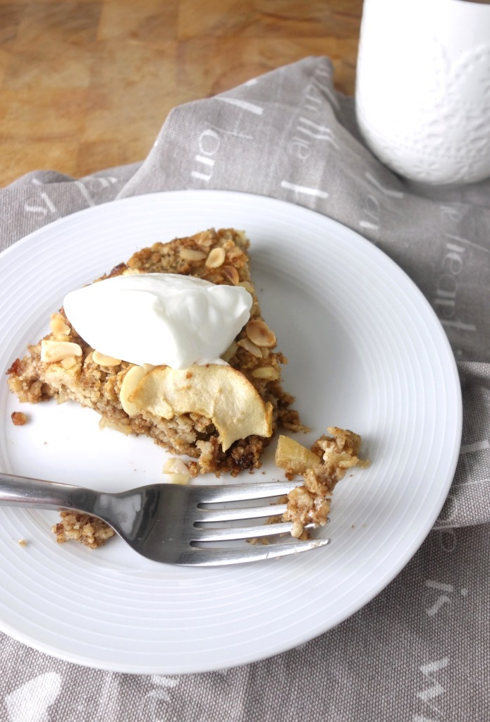 cinnamon-apple-baked-oatmeal