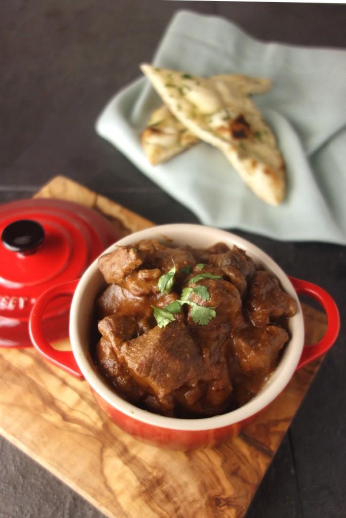 slow cooker thai peanut beef