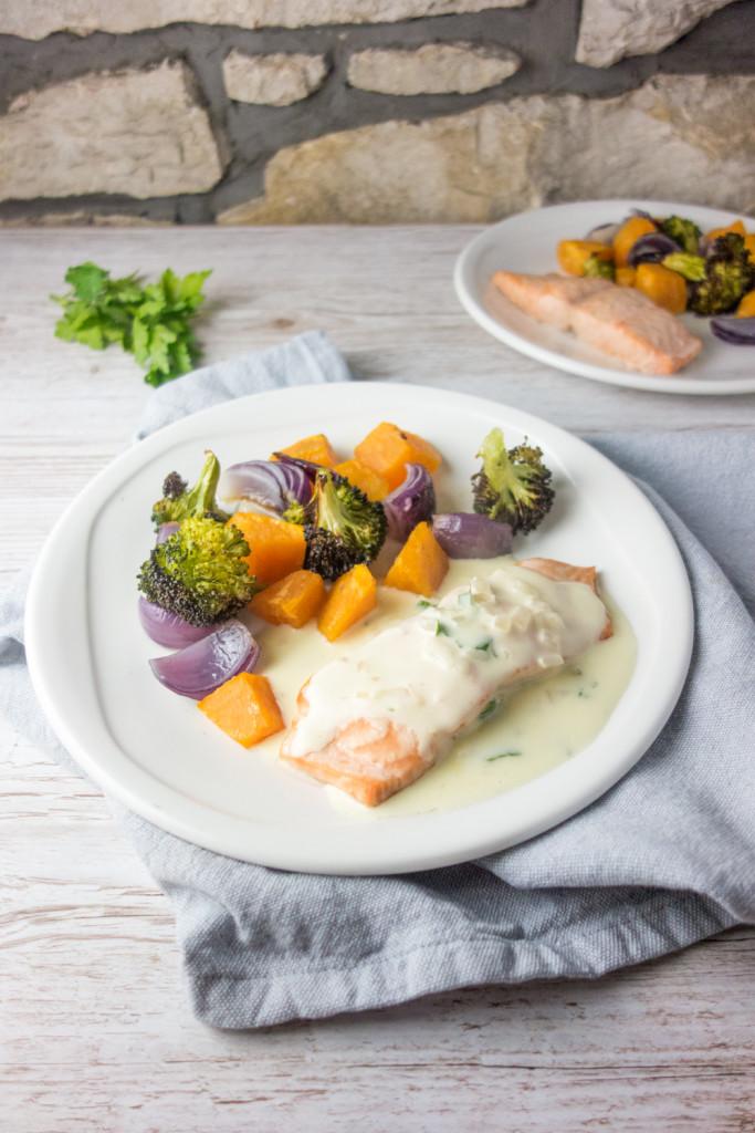 baked salmon white wine cream sauce