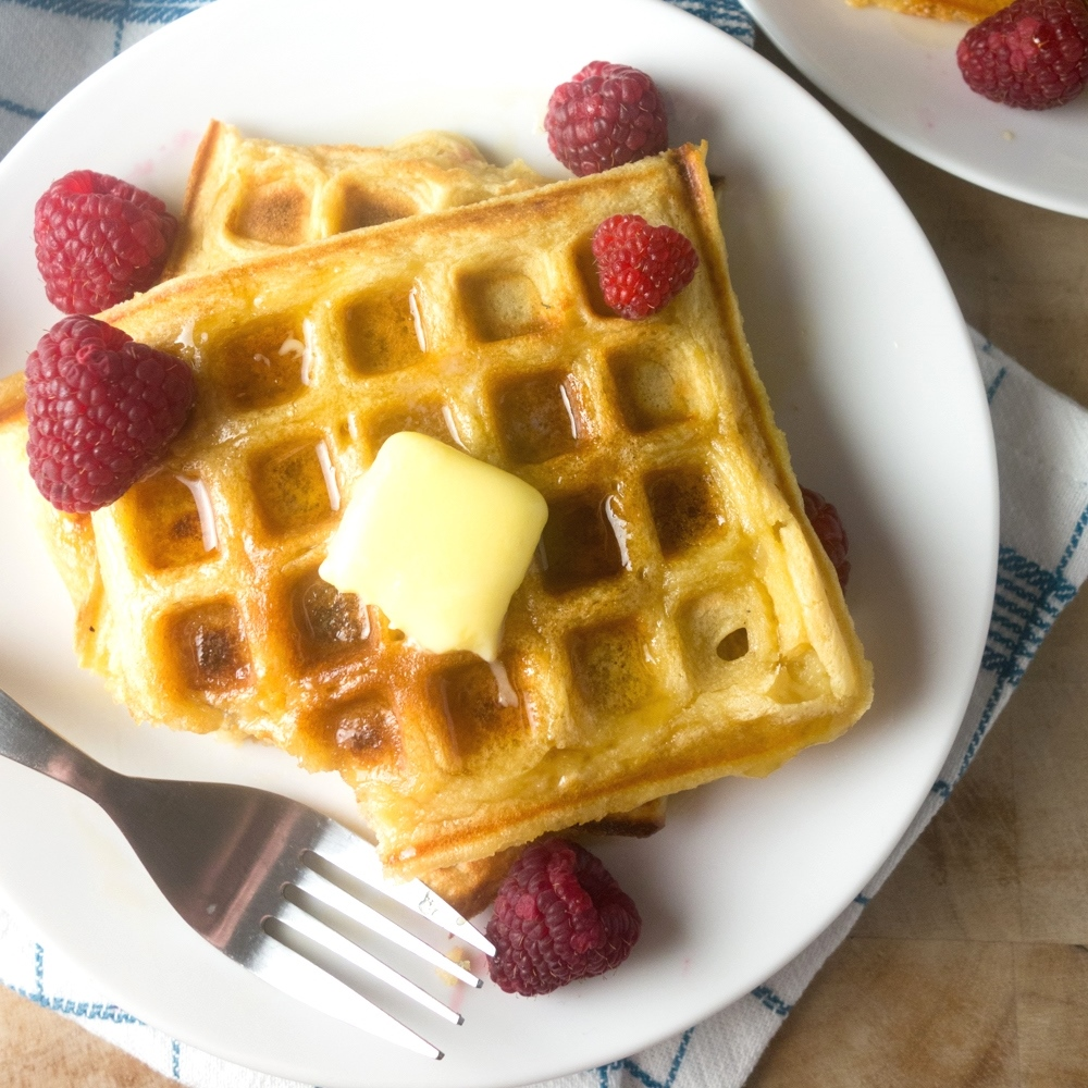 vanilla buttermilk waffles