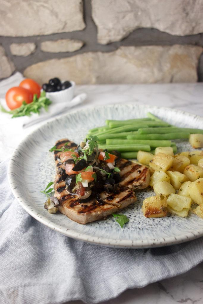 Italian tuna steak