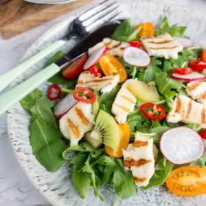 halloumi kiwifruit summer salad