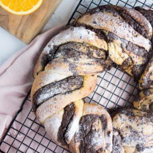 chocolate-orange-bread-wreath-recipe